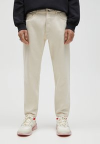 PULL&BEAR - STANDARD  - Straight leg jeans - beige - 0