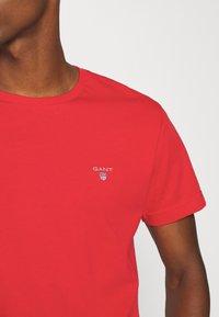 GANT - THE ORIGINAL - T-shirt - bas - fiery red - 5