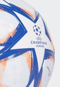 adidas Performance - CHAMPIONS LEAGUE - Voetbal - white/royblu/sigcor/s - 2