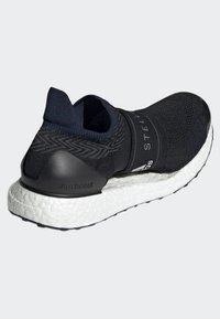 adidas by Stella McCartney - ULTRABOOST X 3D SHOES - Zapatillas de running neutras - black - 4
