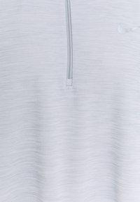 Nike Performance - PACER - Long sleeved top - smoke grey - 2