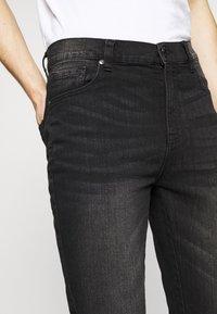 Newport Bay Sailing Club - SLIM LEG - Jeans slim fit - washed black - 3