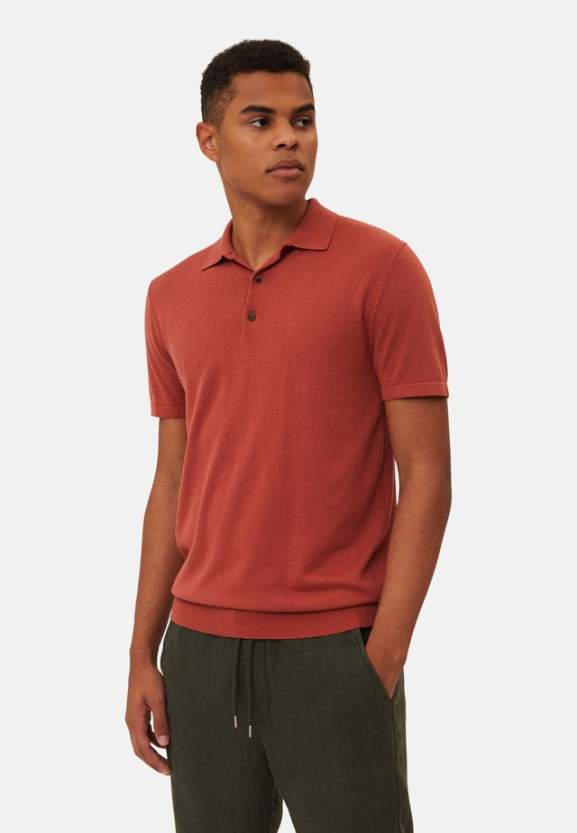 Polo - red