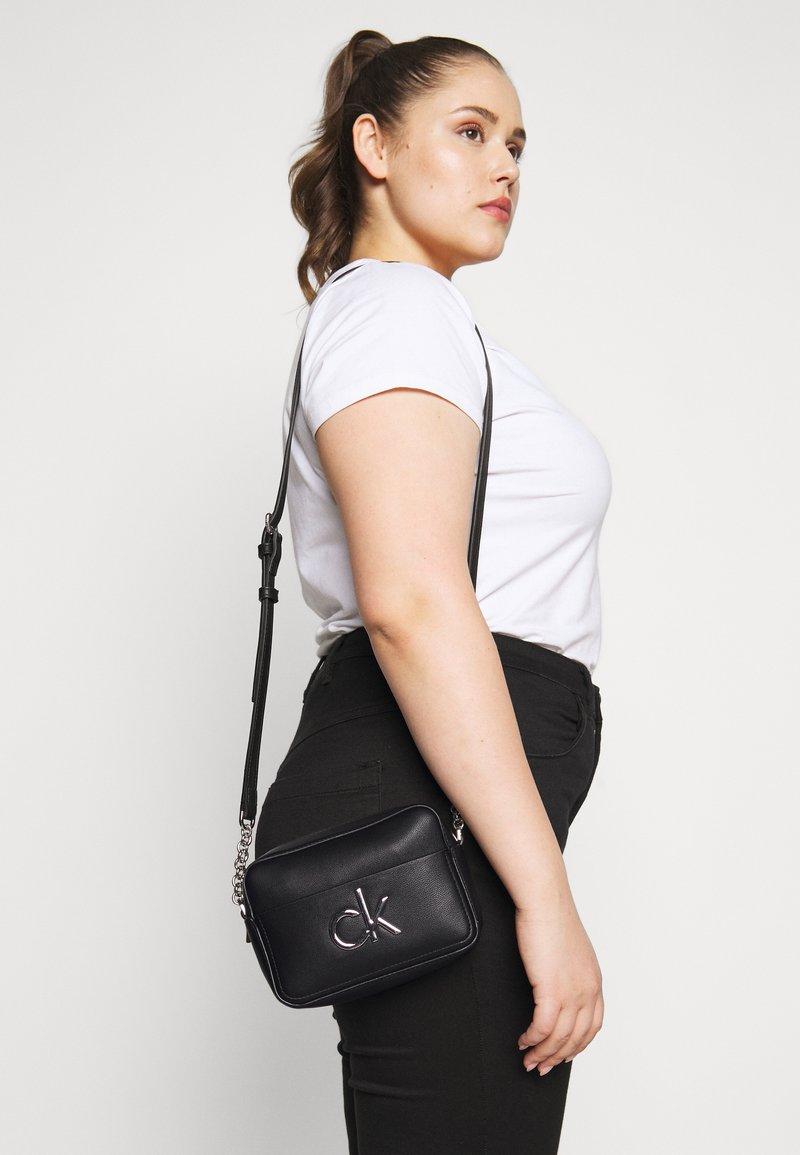 Calvin Klein - CAMERA BAG - Borsa a tracolla - black