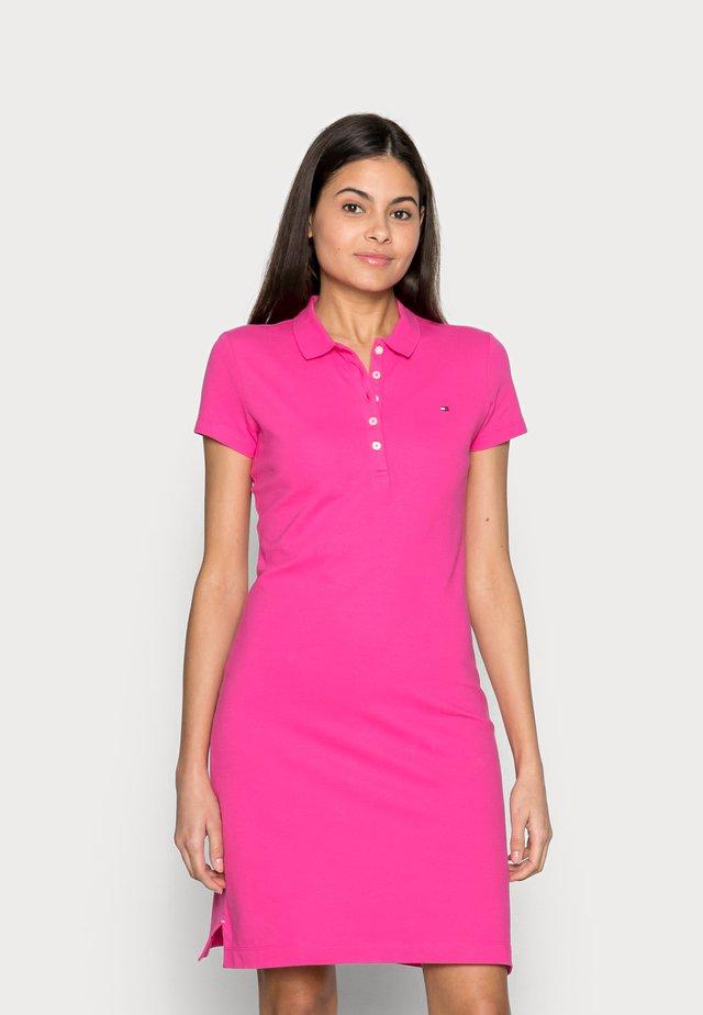SLIM SHORT DRESS - Robe d'été - pink