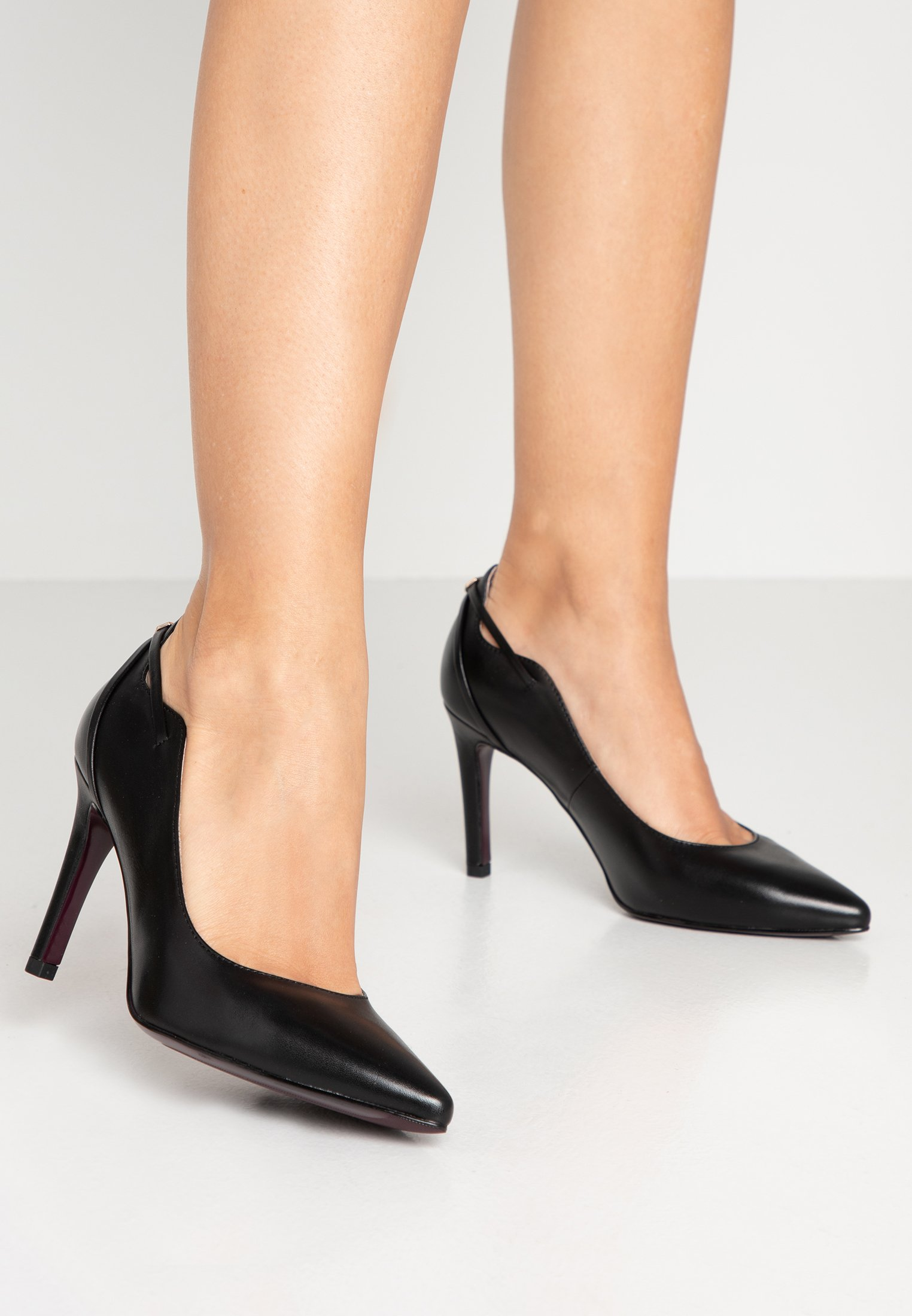 Klassiska pumps black