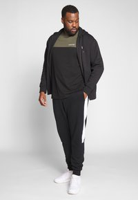 Polo Ralph Lauren Big & Tall - DOUBLE TECH HOOD - Zip-up sweatshirt - black - 1