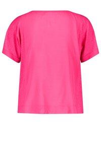 Gerry Weber - Basic T-shirt - rasberry - 3
