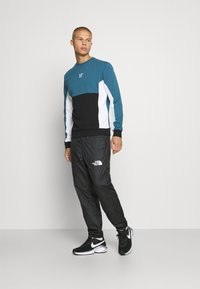 11 DEGREES - CUT AND SEW - Mikina - black /indian teal/white - 1
