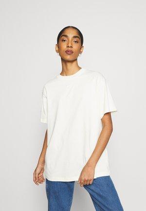 Camiseta básica - coconut milk/white