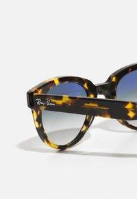 Ray-Ban - UNISEX - Sunglasses - yellow havana - 3