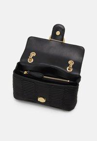 Pinko - LOVE MINI ORIGAMI - Across body bag - black - 2
