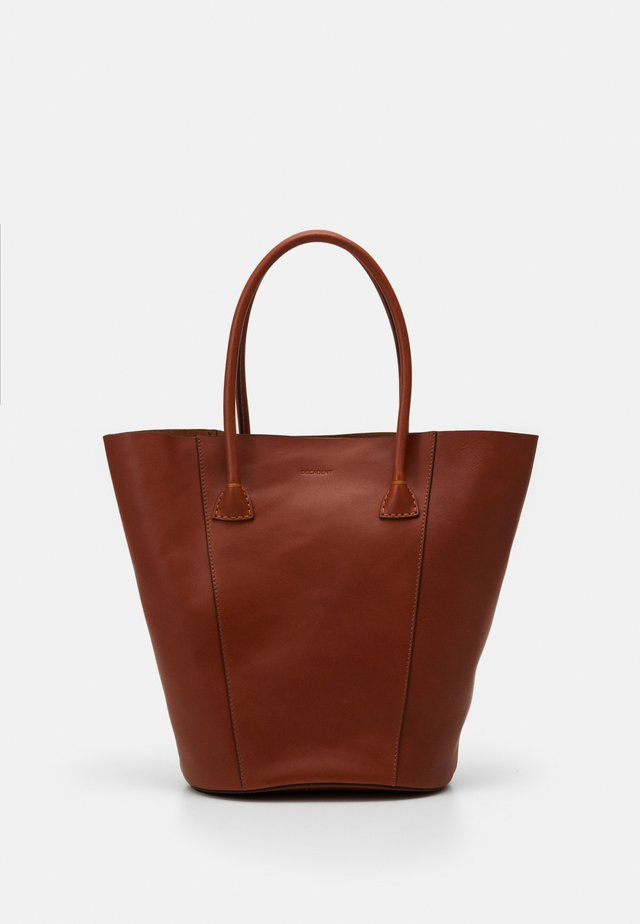 GIA BUCKET TOTE - Shopping Bag - cognac