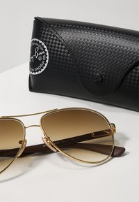 Ray-Ban - Sunglasses - gold/crystal brown gradient