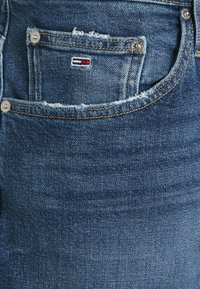 Tommy Jeans Curve - MOM - Relaxed fit jeans - blue denim - 2