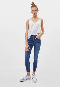 Bershka - Jeans Skinny Fit - dark blue - 1