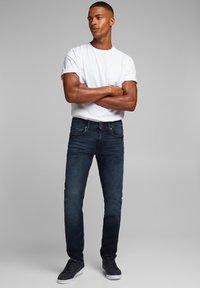 edc by Esprit - Slim fit jeans - blue black - 3