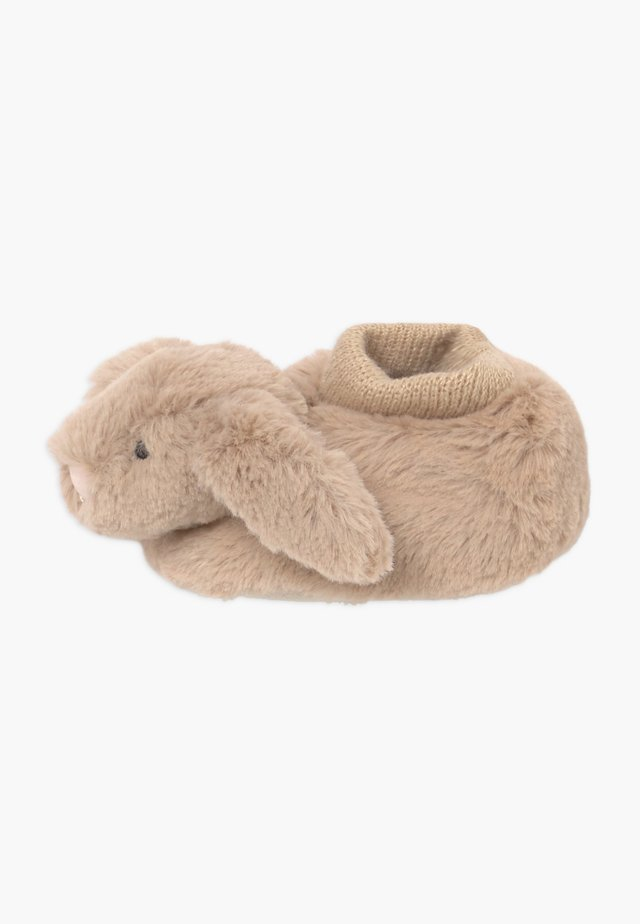 BASHFUL BUNNY BOOTIES - Baby gifts - beige