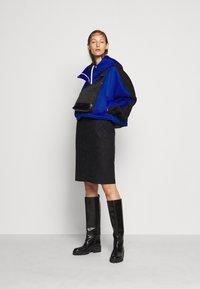 N°21 - Pencil skirt - black - 1