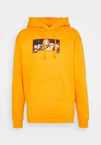 REVENGE HOODIE - Hoodie - yellow
