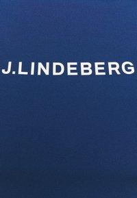 J.LINDEBERG - MEGAN GOLF  - Print T-shirt - midnight blue - 2