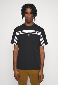 adidas Originals - SPORT COLLECTION SHORT SLEEVE TEE - Camiseta estampada - black/white - 0