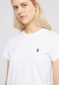 Polo Ralph Lauren - Basic T-shirt - white - 4