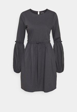 PUFF SLEEVE FRILL DETAIL SMOCK DRESS - Denní šaty - navy