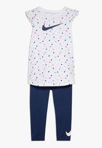 Nike Sportswear - DOT TUNIC SET BABY - Leggings - Trousers - blue void - 0