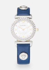 Versace Watches - MINI VANITY - Klokke - blue - 0