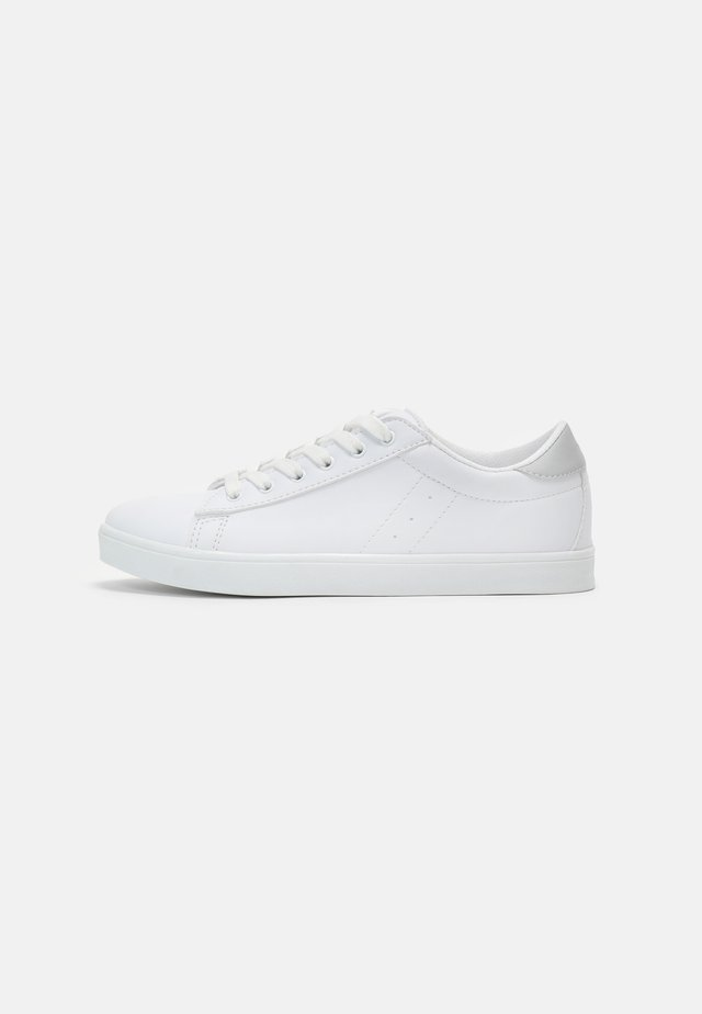 Sneakers laag - white/grey