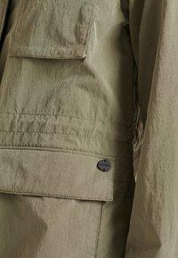 Superdry - RIPSTOP - Light jacket - moss khaki - 3