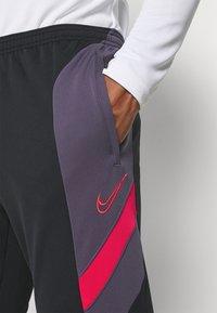 Nike Performance - DRY ACADEMY PANT  - Pantalones deportivos - black/dark raisin/siren red - 3