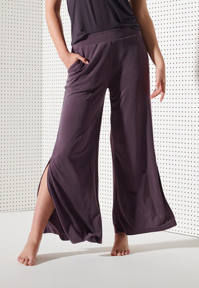 SPORT FLEX PANTS - Pantaloni - mulled plum