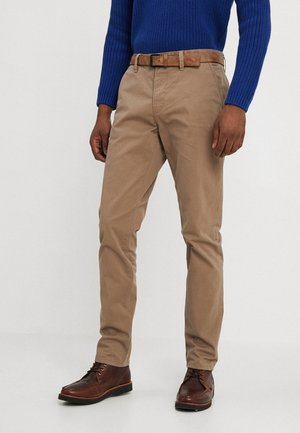 SLIM CHINO WITH BELT - Chinos - caribou beige
