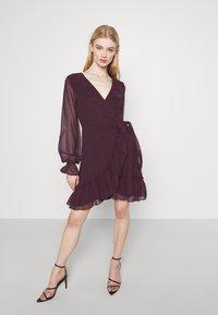 Gina Tricot - JULIANNA WRAP DRESS - Cocktail dress / Party dress - winetasting - 0