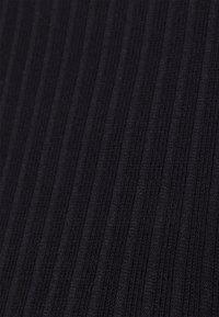 ONLY - ONLNELLA CROPPED O NECK  - Långärmad tröja - black - 2