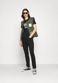 Diesel - T-DIEGO-LAB UNISEX - Print T-shirt - black - 1