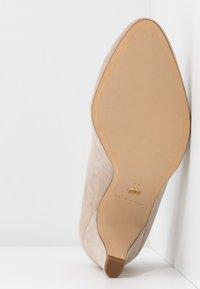 Tamaris - COURT SHOE - Escarpins - dune - 6