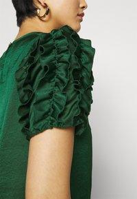 Dorothy Perkins - 3D SLEEVE TEE - Blouse - green - 5