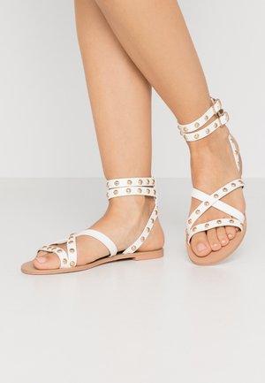 EVETTA - Sandales - white
