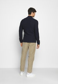 Levi's® - TAPER PULL ON II - Chinos - brindle - 2