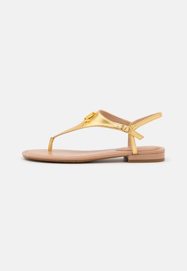 METALLIC ELLINGTON - Sandály s odděleným palcem - modern gold
