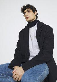 Lacoste - Sweatshirt - silver chine/elephant grey - 3