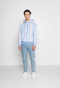 Tommy Jeans - Sweatshirt - light powdery blue - 1