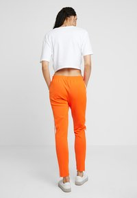 adidas Originals - Joggebukse - orange - 2