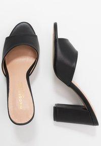 Madden Girl - BREEZE - Pantofle na podpatku - black paris - 3