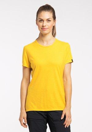 Basic T-shirt - pumpkin yellow