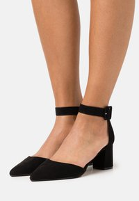 Dorothy Perkins - ELSA COURT - Classic heels - black - 0