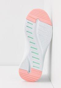 Skechers Sport - SOLAR FUSE - Trainers - gray/black/pink/mint - 6